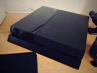 PS4 500GB & CONTROLLER (AS NEW)