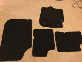 Brand new full set of car mats for Dacia Duster