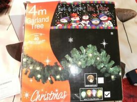 CHRISTMAS GARLAND WITH MULTI COLOUR LIGHTS (Brand New)