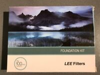 *MINT CONDITION* Lee Foundation Kit