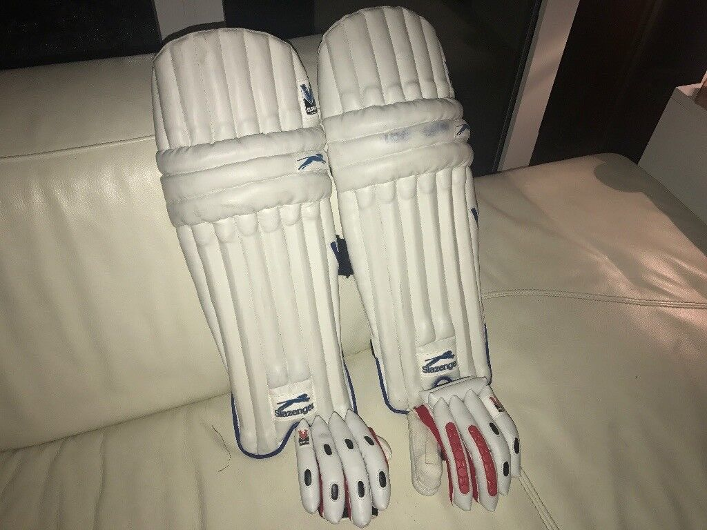 Boys complete cricket set of pads gloves and bat