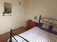 Short term let: Bright & Spacious bedroom £100 per week including bills
