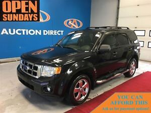 2011 Ford Escape XLT V6! LEATHER! SUNROOF!
