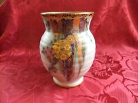 ART DECO RIBBED LUSTRE VASE MADE BY CROWN DEVON FIELDINGS FAIRYLAND TYPE DESIGN GOOD CONDITION £65