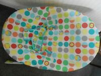 BABY BOUNCER GOOD CONDITION SOFT CRADLING SEAT MACHINE WASHABLE