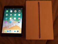 iPad mini 3 . BOXED.CASE. GOOD CONDITION. CAN DELIVER