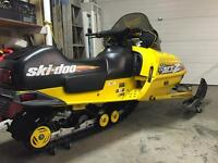 MXZ 670 ski doo SHOWROOM CONDITION MUST SELL ASAP