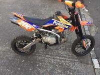 Stomp 140cc pit bike £500
