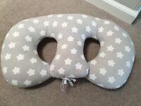 Twin-Z style feeding cushion