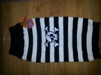 BNWT Dog Halloween Skull & Crossbones Jumper, Size Large