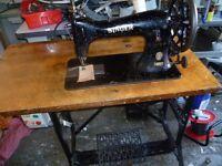 SINGER 45K58 HEAVY LEATHERWORK SEWING (SADDLES, UPHOLSTERY,(See 4 VEG TAN Layers sewn