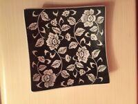 New Decorative black and white china plate