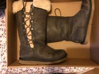 5.5 leather ugg boots GENUINE