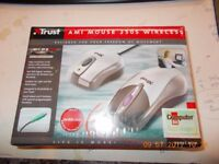 NEW wireless mouse brand new and boxed