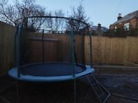 Trampoline Telstar 10ft green.