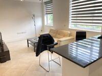 Converted Quality 1st Floor 2 DBed Flat BathShower Store OpenPlan Drive VeryNearTubeRailBusShopsPark
