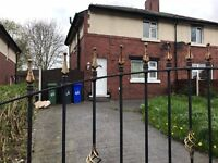 3 bedroom semi detached house £700 rent per mouth 07405511578