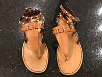 Valentino Rockstud Ankle-Wrap Thong Sandals Tan - new in box