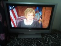 Bush LCD TV 26 inches with free view