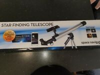 Brand new star findung telescope never used sill boxed