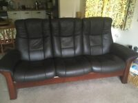 High quality reclining sofa Scandinavian Ekornes Stressless Windsor in dark chocolate brown leather
