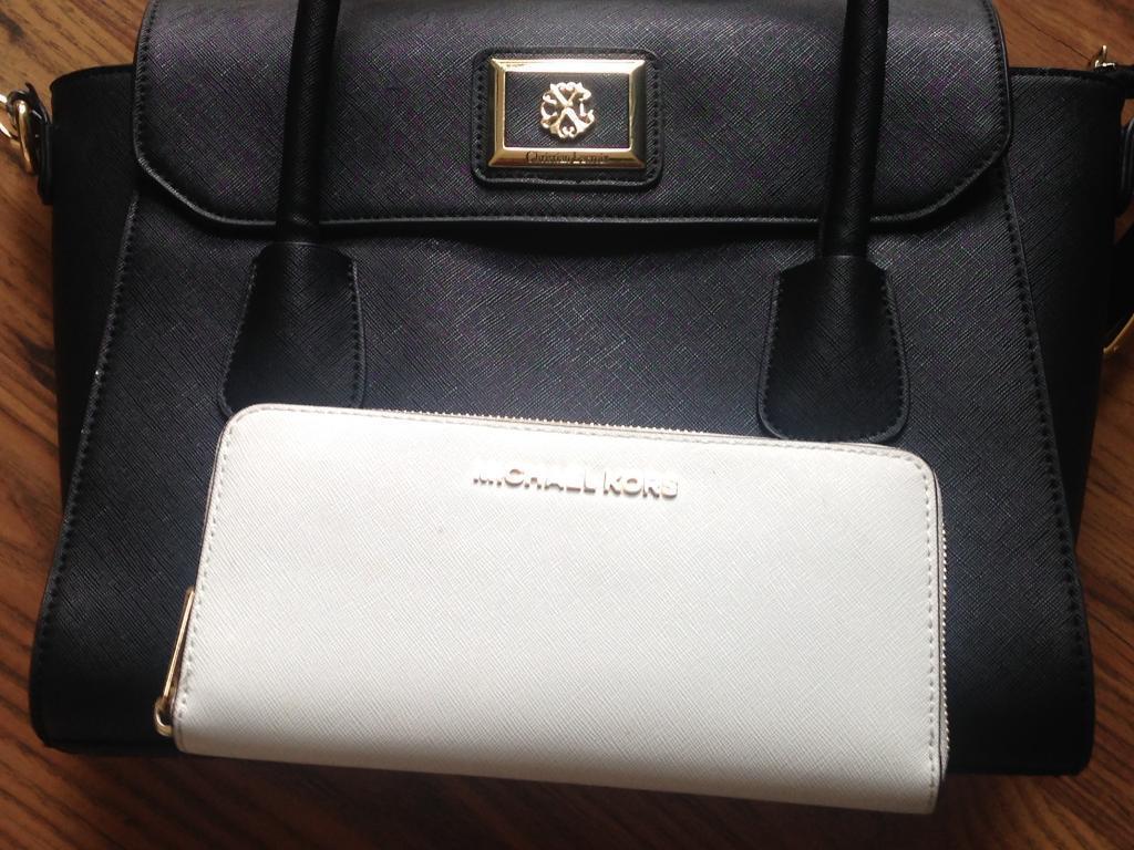 Handbag and purcein Wester Hailes, EdinburghGumtree - Handbag Christian Lacroix black purce Michael Kors white Very good price Very good condition