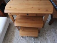 Nest of 3 wood tables. Nesting Tables