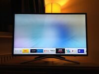 "Samsung UE32M5520 LED Full HD 1080p Smart TV, 32"" with TVPlus, Dark Grey"