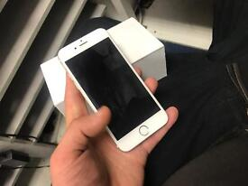 IPhone 6 unlocked 64gb (boxed charger)📱
