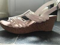 While wedges size 4