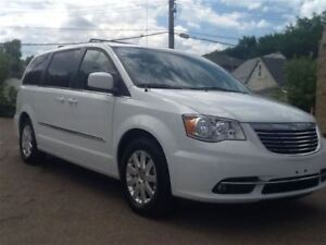 2014 Chrysler Town & Country Touring *Apply, Get Approved!!!*