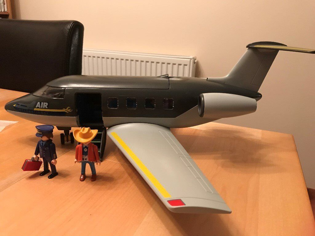 Playmobil Jet Airliner Airplane 5811