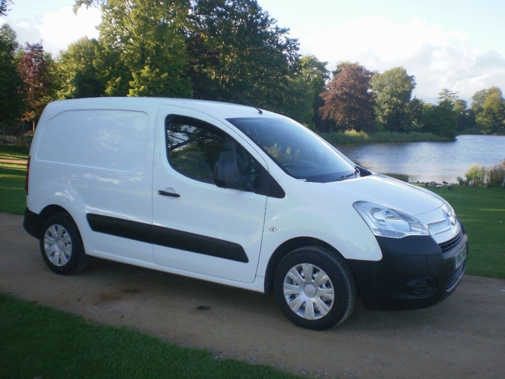 citroen berlingo 75 hdi 70 000 miles no vat in. Black Bedroom Furniture Sets. Home Design Ideas