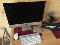 Apple iMac 21.5 | 2.9GHz | GeForce GT750 1TB | 8GB RAM with Apple accessories.