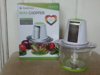 Goodmans 500 w Mini Food Processor/Chopper - 1 Litre Glass Bowl