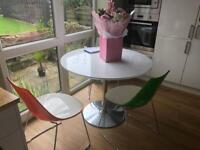Calligaris dining table and 4 chairs