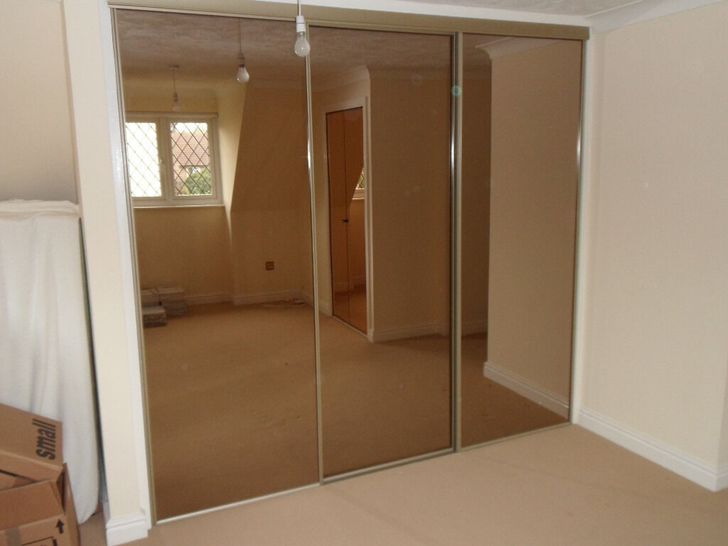 Bedroom Wardrobe Closet Mirror Sliding Doors Bronze Tinted Glass And Gold Effect