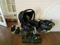 Maxi cosi car seat & iso fix & adapters