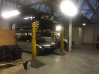 UNIT/WORKSHOP/GARAGE TO LET - FULLY EQUIPPED WITH RAMPS/OFFICE ETC