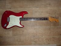 Fender Classic '60s Stratocaster - Candy Apple Red - Virtually brand new - stunning