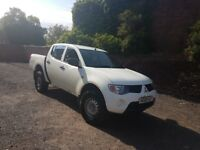 Mitsubishi L200 4work 2009 double cab 4x4 company owned