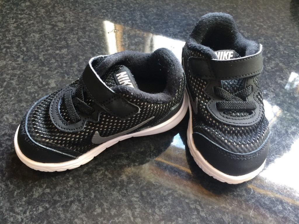 Size 1 Boys Trainers with FREE Shipping & Exchanges, and a % price guarantee. Choose from a huge selection of Size 1 Boys Trainers styles.