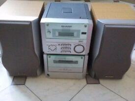 SHARP XL-60 Radio/CD/Cassette mini hi fi