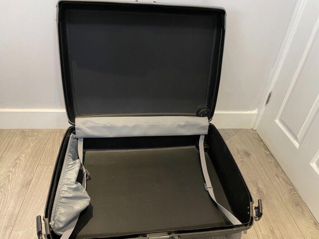 Free Samsonite Suitcase