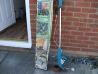 black and decker electric 240v power weeder ideal for bad backs see pic£10 good conditton
