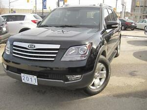 2011 KIA BORREGO EX | 7 Pass • Leather• (Sorento)