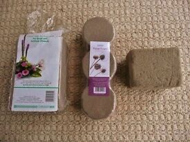 3 Dry Foam Cylinders & 2 Sections of Oasis Sec Dry Foam Brick Block Oasis Floral Flower Arranging
