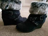 Size 5 wedge ankle boot