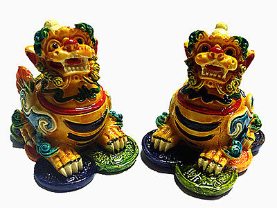 A Pair of Feng Shui Pi Yao /Pi Xiu/Xie Statue Figurine Decoration Ornament