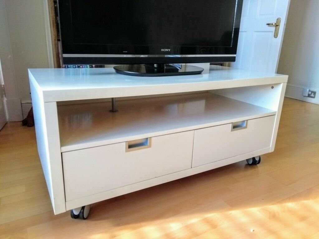 Large IKEA TV / Entertainment Unit - White | in Dundee | Gumtree